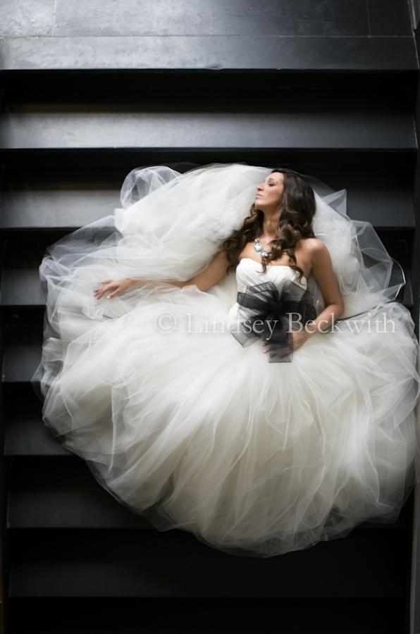modern photojournalistic wedding photography