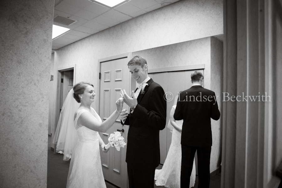 Cleveland Ohio contemporary wedding photographer