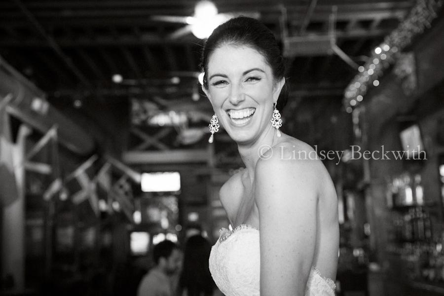 Northeast Ohio contemporary wedding photographer