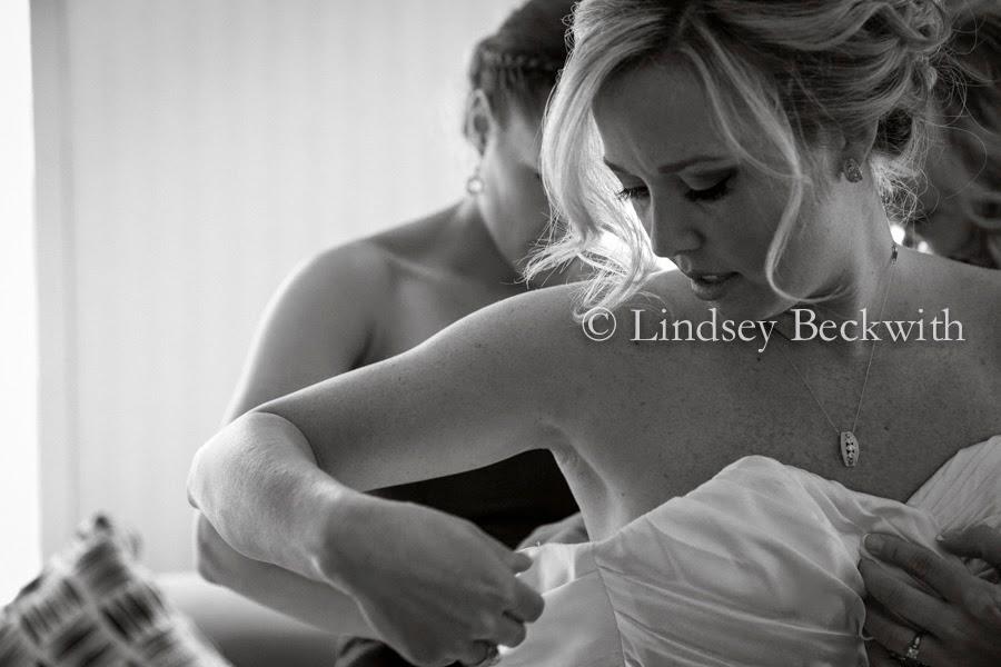 high end wedding photographer based in Cleveland Ohio